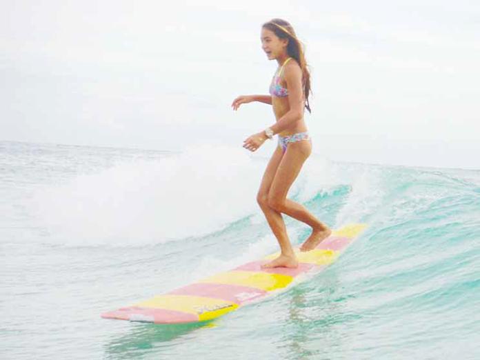 puamohaluokamahina surfing