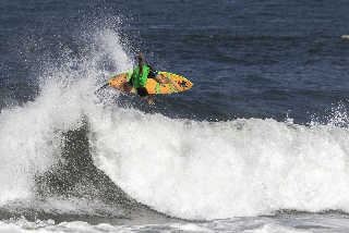 a5220ae9cf 2018 VANS TRIPLE CROWN OF SURFING LAUNCHES AT HAWAIIAN PRO